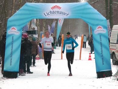 72. Plänterwaldlauf - Niels Bubel und Triathlet Norman Fenske